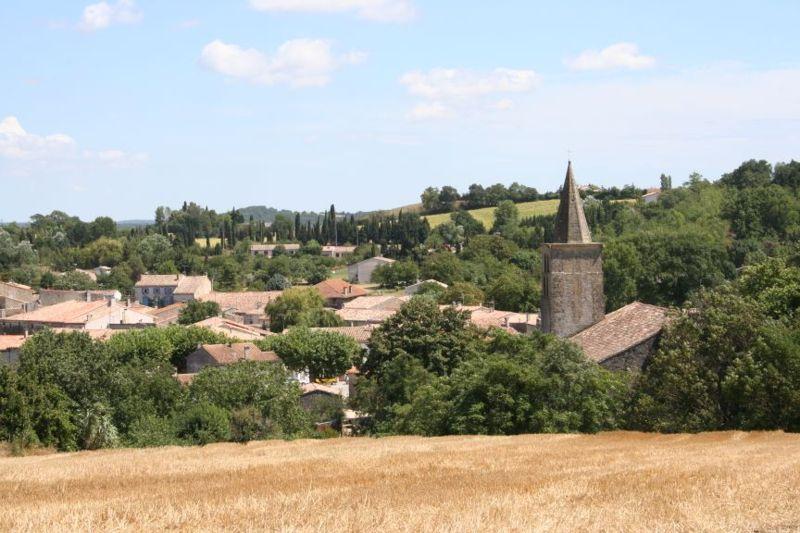 Fichier:Village et Abbaye de Saint-Papoul.jpg