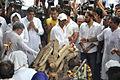 Vindu Dara Singh at Dara Singh's funeral 27.jpg