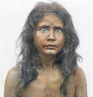Vedda -  Vedda woman from Unapana from Eastern Sri Lanka, ca. 1910.