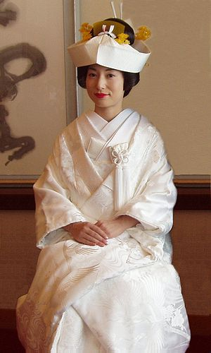 Kimono - A traditional wedding kimono with tsunokakushi (wedding headpiece)