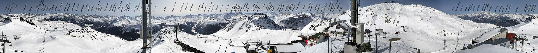 Weissfluhjoch Panorama winter labeled.jpg