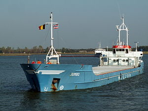 Wilson's Jumbo (IMO 8518297) going into the Berendrecht lockPort of Antwerp 12-Oct-2005.jpg