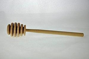 Honey dipper - A wooden honey dipper