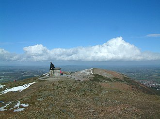 Worcestershire Beacon - Toposcope on Worcestershire Beacon, with North Hill beyond