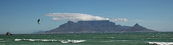 Wreck of Seli1 and Table Mountain.jpg