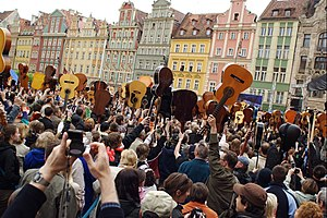 "Hey Joe - 1,881 guitarists played ""Hey Joe"" in Wrocław on May 1, 2007, setting what was, at the time, a new Guinness record."