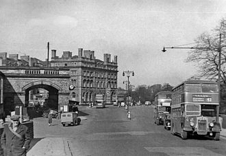The Principal York - The station and hotel in 1955