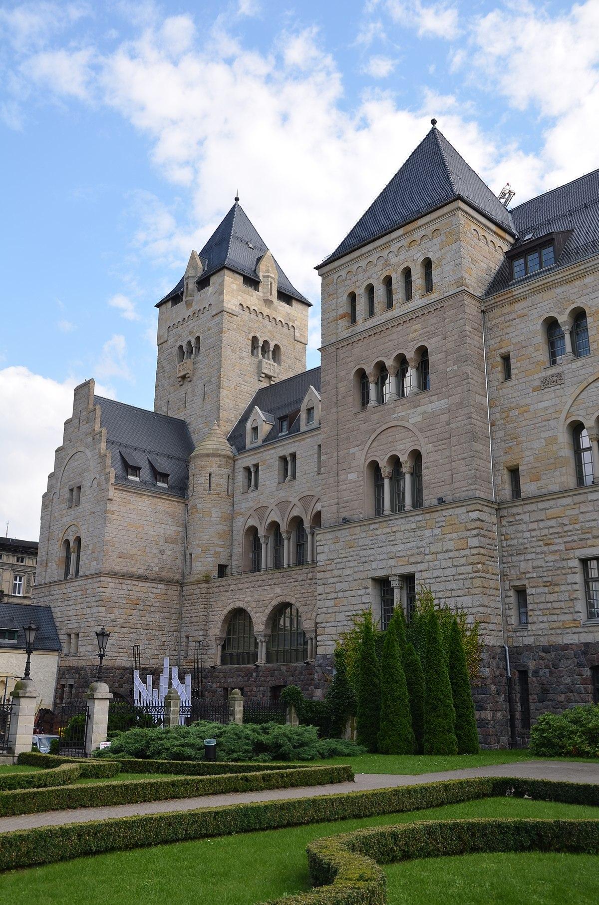 Imperial Castle, Poznań - Wikipedia