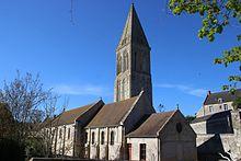 Église Saint-Vigor de Colombiers-sur-Seulles, avril 2017.jpg