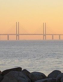 Öresundsbron i solnedgång 1.jpg