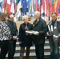 Übergabe der BKF-Petition-Lese-Akte.jpg