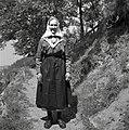 Žena v nedeljski noši, Skomarje 1963 (3).jpg
