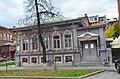 Боковой фасад дома купцов Чираловых. Прямой вид с улицы Семакова.JPG