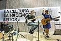 """""""Cantautoras Argentinas"""", Hilda Lizarazu en la Feria del Libro (34276528521).jpg"""