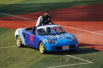 Bullpen car - Naoya Masuda riding in a bullpen car