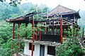 地震震坏的寺庙.jpg