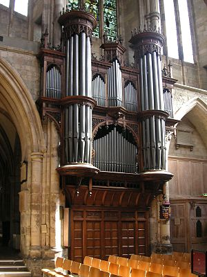 010 Southwark Cathedral the organ.JPG