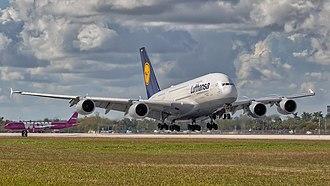 Star Alliance - Image: 02092018 Lufthansa A380 D AIMH KMIA NASEDIT2 (29349482817)