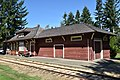 16063-Qualicum Beach Train Station 01.jpg