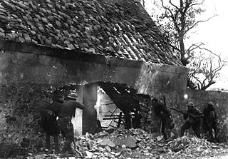166th Infantry in action in Villers sur Fere HD-SN-99-02274.JPEG
