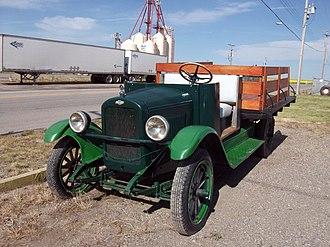 Pickup truck - Image: 1925 Chevrolet pickup truck (6020698476)