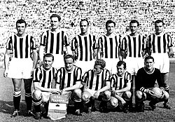 1951–52 Juventus Football Club.jpg