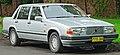 1987-1989 Volvo 760 GLE sedan (2011-11-18) 01.jpg