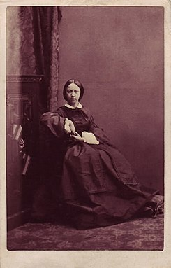 19th century photograph of Princess Françoise of Orléans, Duchess of Chartres (anonymous).jpg