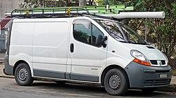 2004-2007 Renault Trafic (X83) low roof van 01