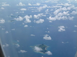 Mamanuca Islands - Mamanuca Island Group from the air