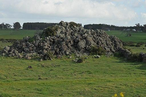 20090926 Volcanic Blister (Tumulus) - Byaduk - Victoria - Australia