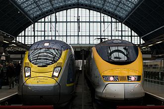 British Rail Class 374 - Class 374 alongside a Class 373 at London St Pancras