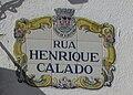 2017-11-07 Street name sign, Rua Henrique Calado, Albufeira.JPG