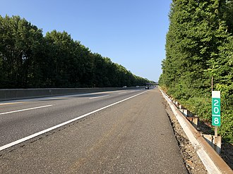 Woodbury Heights, New Jersey - The southbound New Jersey Turnpike in Woodbury Heights