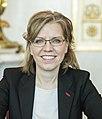 2020 Leonore Gewessler Ministerrat am 8.1.2020 (49351367291) (cropped) (cropped).jpg
