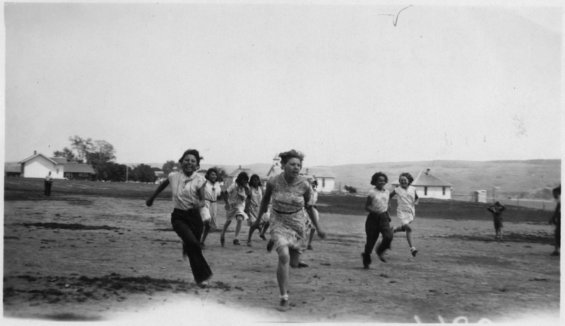 File:4-H club girls play at 4-H camp - NARA - 285854.tif