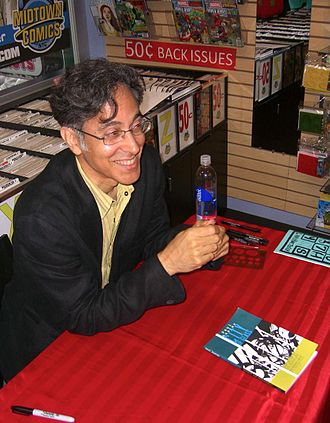 City of Glass (comics) - Mazzucchelli autographing a copy of the book at a June 28, 2012, signing at Midtown Comics in Manhattan.