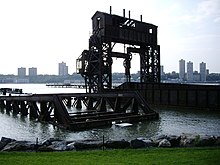 69th-st-transfer-bridge.jpg