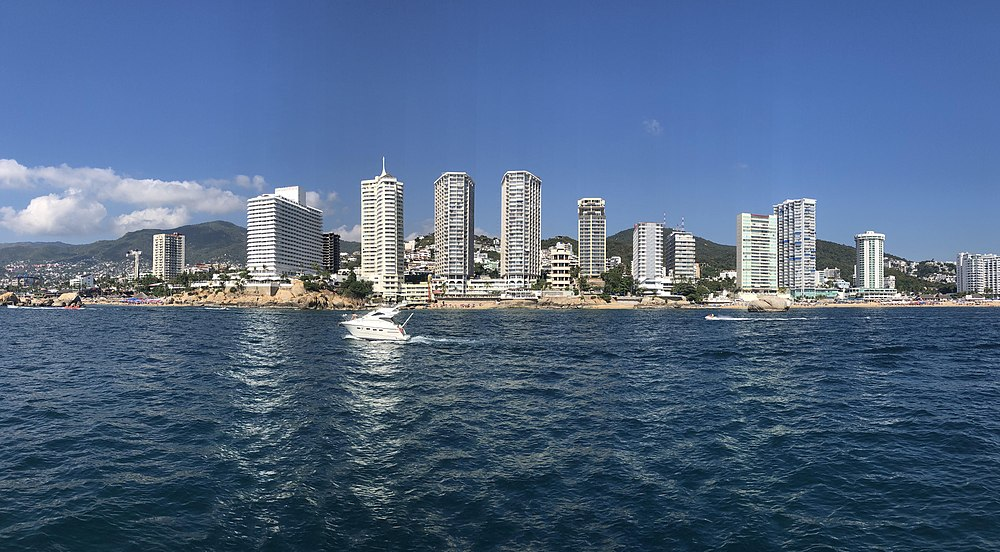 Panoramic view of the bay.
