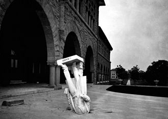 1906 San Francisco earthquake - The Agassiz statue in front of the Zoology building (now building 420), Stanford University.