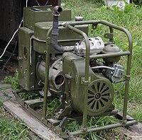 Бензиновая электростанция.  Принцип работы этого устройства в преобразовании тепловой энергии топлива в электрическую.