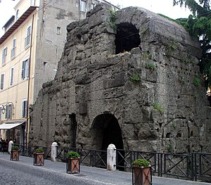 Peperino - The 'Porta Pretoria' in Albano Laziale, Italy. A clear example of the durability and grey surface of Peperino