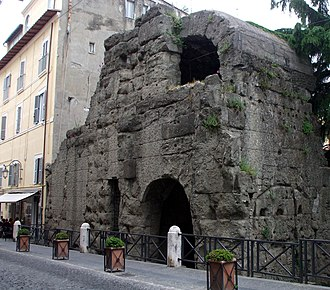 Castra Albana - Porta Praetoria: left side
