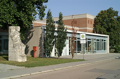 Albertus-Magnus-Gymnasium, Regensburg.jpg