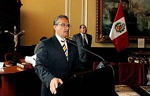 Alejandro Aguinaga 3