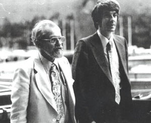 Dr. J. Allen Hynek (left) and Dr. Jacques Vall...