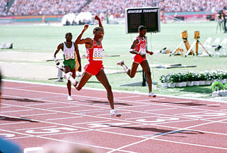 Athletics at the 1984 Summer Olympics – Men's 400 metres - Image: Alonzo Babers finish