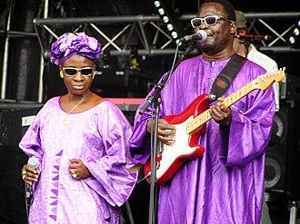 Amadou & Mariam - Mariam Doumbia and Amadou Bagayoko in 2005