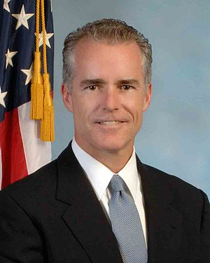 Andrew McCabe - McCabe's first official portrait as Deputy Director