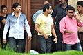 Anees Bazmee visits Rajesh Khanna's home Aashirwad 15.jpg